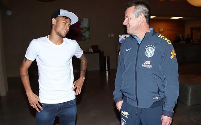 Dunga se reunir� el jueves con Neymar y Luis Enrique