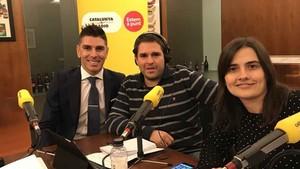Jonathan Soriano junto a Jordi Costa y Sònia Gelmà en un momento de la entrevista en Catalunya Ràdio