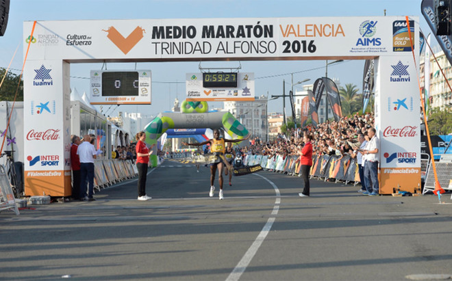 Kibet, vencedor en Valencia