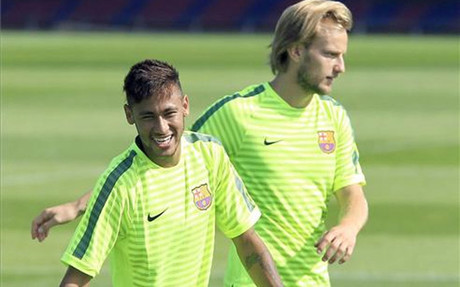 Rakitic y Neymar arrastran molestias f�sicas