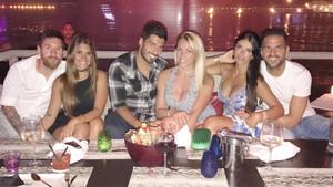 Messi, Antonella, Luis, Sofía, Daniella y Cesc
