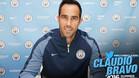 Bravo, el sexto azulgrana en jugar en el Manchester City