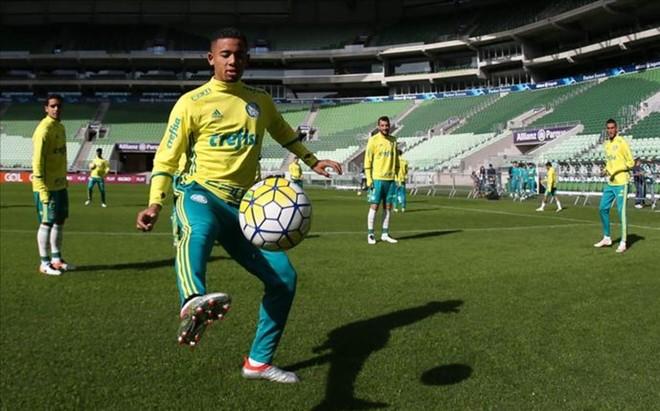 Gabriel Jesus en un entrenamiento del Palmeiras