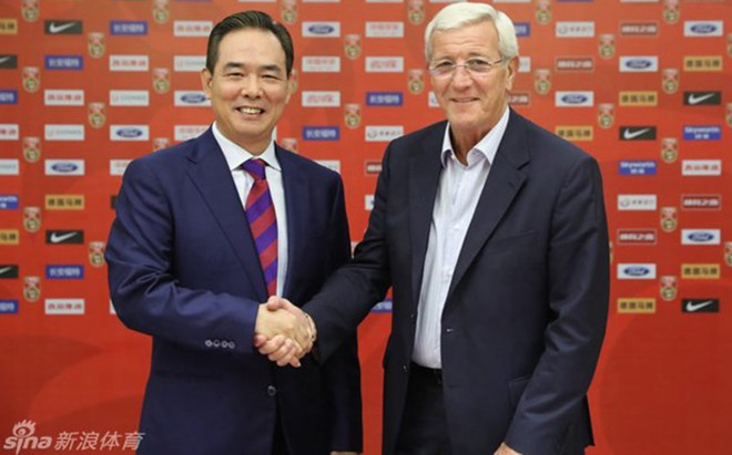 Lippi firm� su nuevo contrato como seleccionador de China