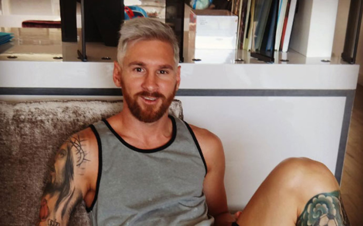 """Messi trở lại với quả đầu """"cực chất"""""""