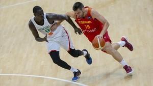 La selección española tuvo que emplearse a fondo ante una combativa Senegal