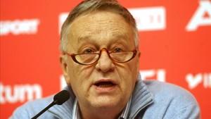 Gian Franco Kasper lamentó sinceramente su comentario sobre el Holocausto
