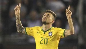Lucas Lima sigue en el Santos