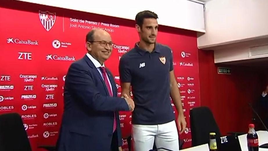 Sergio Rico renueva con el Sevilla hasta 2021