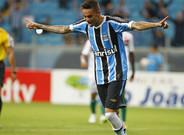 El FC Barcelona baraja la opci�n de Luan, jugador del Gremio de Porto Alegre