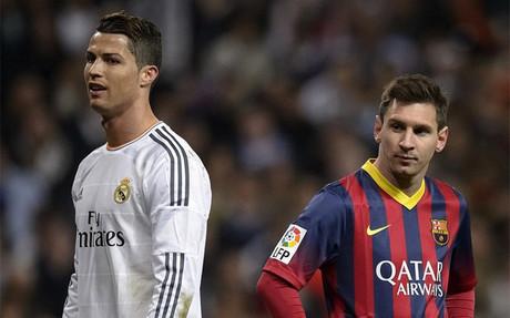 Cristiano Ronaldo y Messi en un momento del �ltimo cl�sico en el Bernab�u