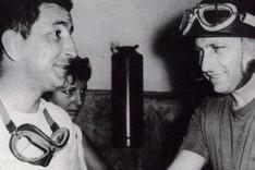 Fangio, con el espa�ol Paco Godia en los 50