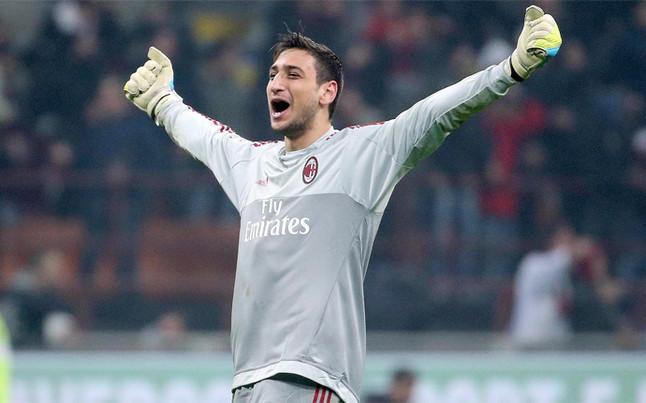 Tuttosport: El Bar�a ofrece 35 millones por el portero del Milan de 17 a�os, Gianluigi Donnarumma