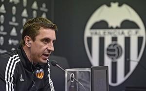 Un polémico tuit contra Neville le ha costado a Caneda no firmar por el Valencia
