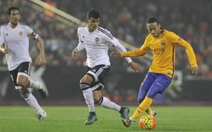 Neymar es un virtuoso con el balón en los pies