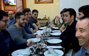 La plantilla del Barça Lassa disfrutó de una divertida comida de Navidad