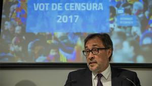 Agustí Benedito durante su rueda de prensa anunciando el voto de censura contra Bartomeu