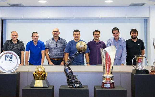 Los artífices de los siete títulos de la sección de balonmano del Barça