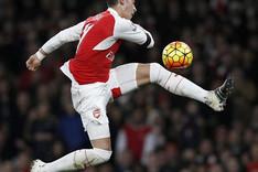 �zil no ha aceptado la oferta de renovaci�n del Arsenal