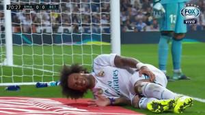 Los gestos de dolor de Marcelo eran evidentes