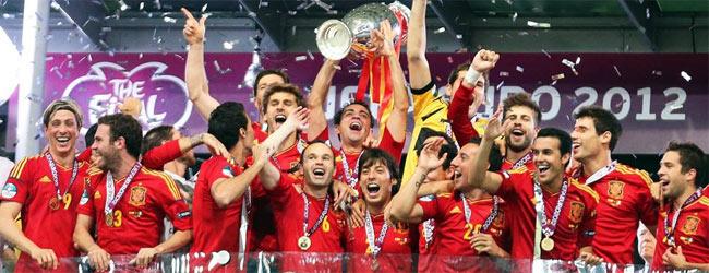 España: Reyes del fútbol, reyes de Europa