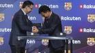 Bartomeu y Mikitani, en un momento de la presentación de Rakuten este miércoles en el Auditori 1899 del FC Barcelona