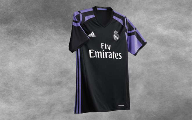 Esta es la tercera camsieta del Real Madrid 2016/2017