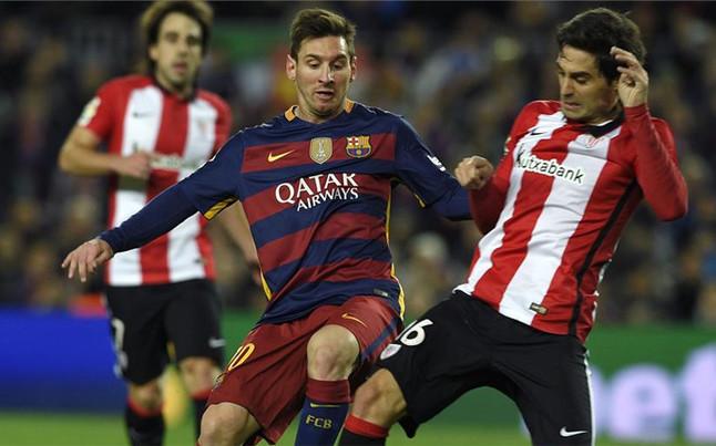 Messi, sustituido por peque�as molestias musculares