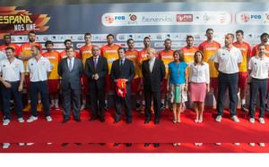 La selección española de balonceso estuvo en la sede de Endesa