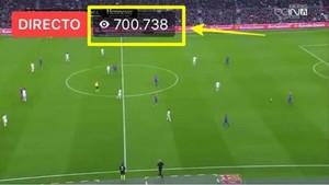 La página de Facebook Capitanes del Fútbol, con más de 700.000 espectadores a la vez, durante el Barça-Madrid