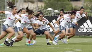 España preparó el duelo de este sábado ante Brasil