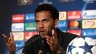 Alves quiere llegar a la Premier como agente libre otra vez