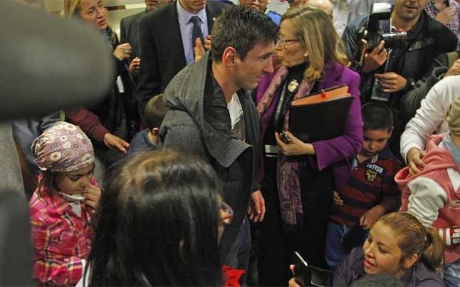 Messi financia la investigaci�n de c�ncer infantil en Vall d'Hebron
