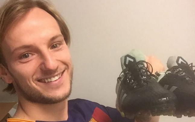 Rakitic pregunta a sus fans c�mo quieren que celebre su pr�ximo gol