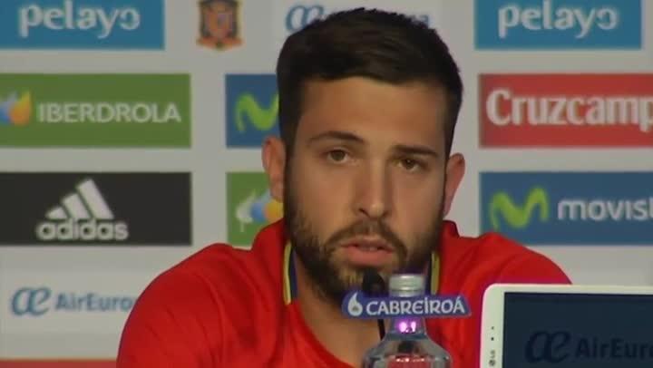 """Jordi Alba ataca a la prensa: """"Vosotros creáis mal rollo"""""""