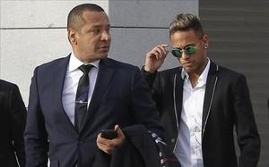 El Madrid ha vuelto a contactar con Neymar y su padre