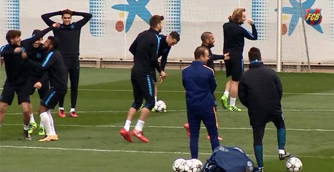 Último entreno del Barça antes del partido ante el Arsenal