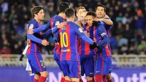 Los jugadores del FC Barcelona quieren seguir de fiesta este domingo en Ipurua, como el pasado jueves en Anoeta