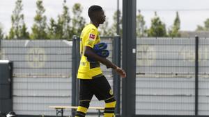 Ousmane Dembélé abandona el campo de entrenamiento del Borussia Dortmund