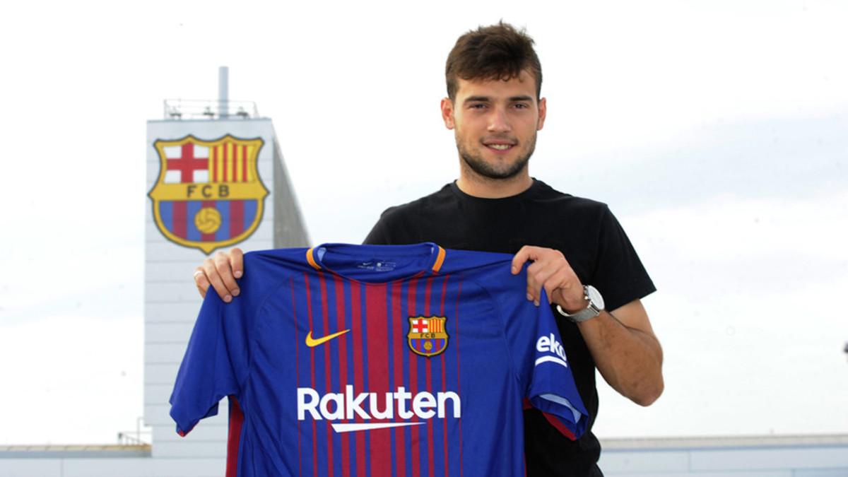 El Barça B ficha a Arnáiz 1503942275303