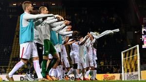 El Leipzig celebró por todo lo alto su victoria ante el Dortmund