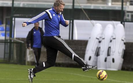 El escoc�s David Moyes quiere ser el primer t�cnico debutante con victoria de la Liga, una vez iniciada la competici�n