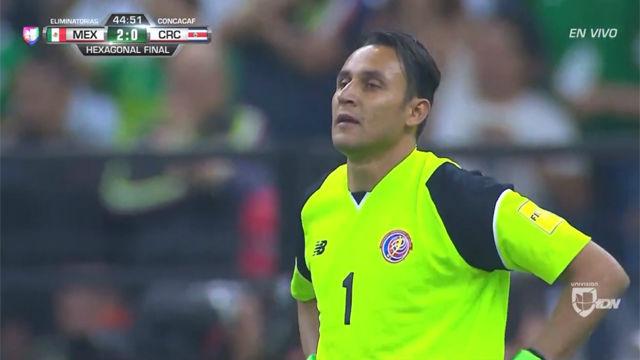 Keylor Navas la vuelve a liar con Costa Rica con un fallo terrible
