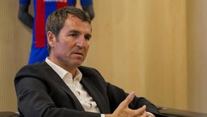 Robert Fernández sabe que es el encargado de escoger al próximo técnico