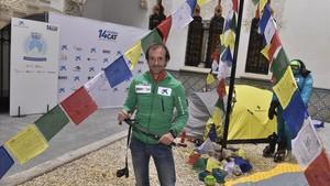 Latorre, durante la presentación de una expedición que traspasa lo deportivo