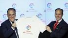 Javier Tebas, presidente de LaLiga, y Rabi Aboukhair, responsable de Santander Espa�a