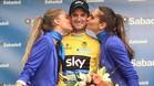 Poels con el hist�rico primer maillot de l�dr de la Vuelta a Valencia