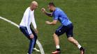 Zidane confirma que el Madrid negocia con el PSG