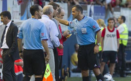 Tito Vilanova en el momento de ser expulsado