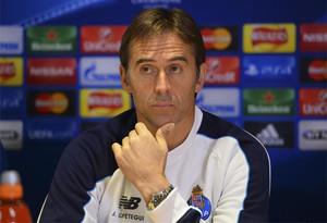 Lopetegui, técnico del Porto, admite la salida de Osvaldo